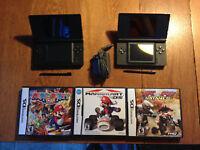 2 Nintendo DS Lite, 3 jeux et 1 chargeur