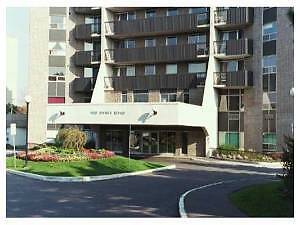 3 bedroom condo closing Carleton University for rent on Sept 1