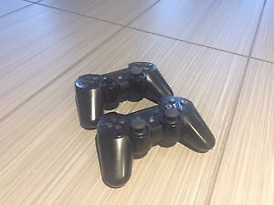 PS3 120 GB + 15 Games