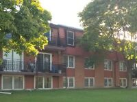 Two Bdrm Apt Available Immediately $950+Hydro