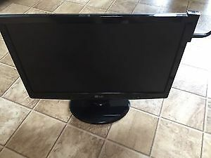 """19"""" LG Monitor For Sale."""