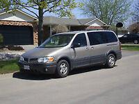 2002 Pontiac Montana ext Minivan, Van