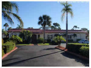 Florida Condo - $67,900, FREE GOLF! Peterborough Peterborough Area image 1