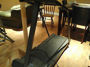 Treadmill - Excellent Condition - $100 (Can Deliver)