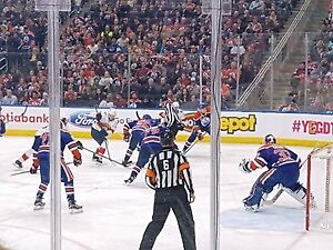 Edmonton Oilers vs Vancouver Canucks March 18 - CHEAP LOWER BOWL