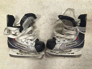 Skates size US Y 10 for kid and helmet