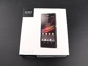 Like New In Box Sony Xperia Z Bell, Virgin Mobile, Solo