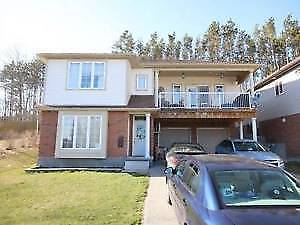 Newer 3 Bedroom Apartment in Duplex Barrie