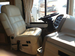 2007 Tropical motorhome built by National RV