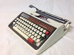 Typewriter 'Majestic 600' 1967 collection en parfit condition