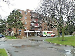 For rent: Spacious 2 bedroom apartments on 900 Glen Street!