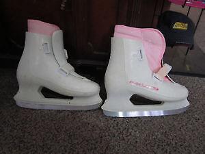 Girls Size 8 FREESTYLE LANGE Figure Skates For Sale