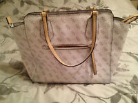 Confidential Logo Avery Tote - GUESS