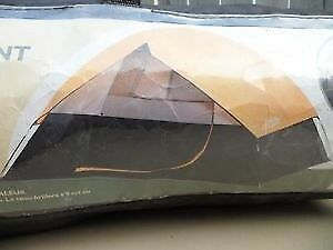 <> Good! 4 PERSON DOME TENT