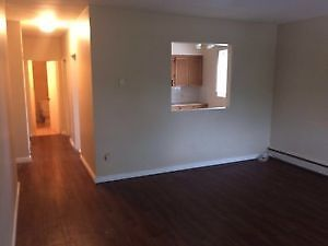Fabulous MISSION SW 1 Bed Large Condo -Avail Immediately !!