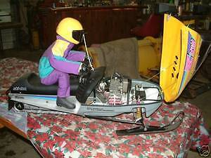 RADIO  CONTROL  1/3  SCALE  GAS  SNOWMOBILE  RC