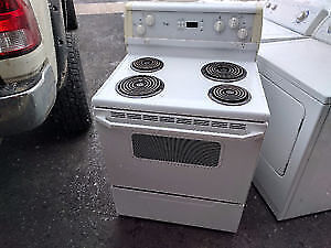 Whirlpool Coil Top Stove in EXCELLENT CONDITION