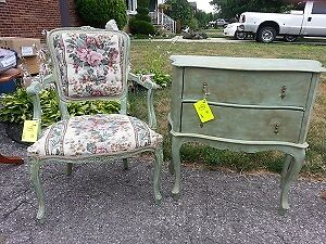 Chair & Bombay style 2 drawer chest Windsor Region Ontario image 4