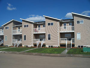 Newer Townhouse Unit for Rent in Vegreville AB