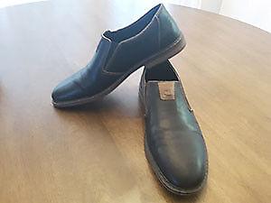 Mens Reiker Shoes - Like New!