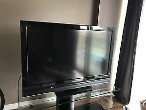 "Sony Bravia KDL-46S3000 46"" 720p HD LCD Television"