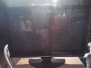 SPECIAL TODAY!! - 42'' Samsung Flat Screen Model: HP-T4254