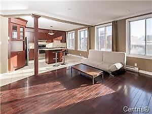 MILE EX / LITTLE ITALY - 2 BEDROOM WITH PRIVATE TERRACE