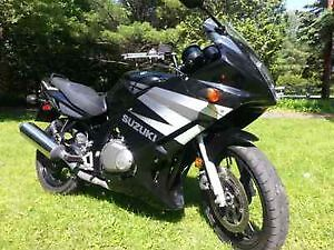 Clean, fun Suzuki GS 500F, LOW KMS!! Perfect for new riders!
