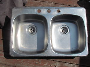 Stanless Steel Double Kitchen Sink West Island Greater Montréal image 1