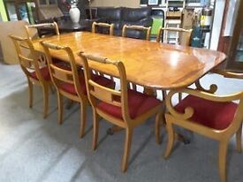 XMAS SALE NOW ON!! Extendable Walnut Veneered Dining Table With 8 Chairs - Can Deliver For £19