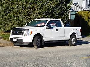 2013 Ford F-150 Pickup Truck - Low KM's
