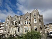 2 bedroom flat with sea views