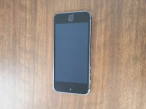 iphone 5S Very good condition, Black locked to Rogers Kitchener / Waterloo Kitchener Area image 1