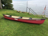 15.5 PELICAN CANOE EXCELLENT SHAPE BOUGHT SQUARE BACK
