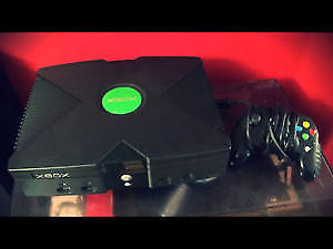 Original Xbox with Controller and Games Halo Tony Hawk