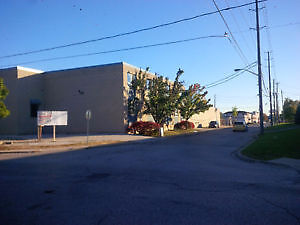 Warehouse/Office Space & Loading Docks Available for Rent Windsor Region Ontario image 3