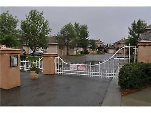 2 BEDROOM AND DEN CONDO IN THE GATED AND LAKE COMMUNITY