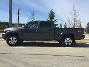 One owner 2009 Toyota Tacoma TRD Pickup Truck
