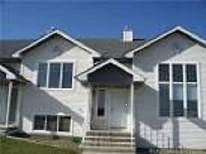 Townhome Rooms for Rent - West end by University