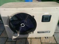 Thermopompe Trevinium 52000 BTU servi 1 an à réparer 500$