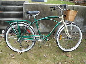 Bicyclettes (2) Newport Cruiser  six speed grip shifter  $159,00
