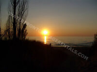 "Grand Bend Cottage Rentals ""Beach O' Pines"" Steps to the beach!"
