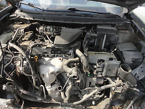 2011 Nissan Rogue engine and transmission