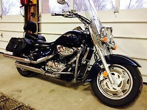 2006 Suzuki Boulevard C90 1500.. $5500.00 OBO or try your trade