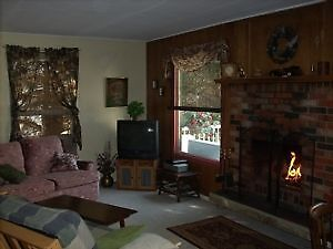 Vacation rental cottage in stunning  Sylvan Lake