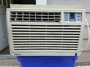 Danby Premiere, 10500 btu Window air conditioner