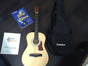 PERFECT CONDITION YOUTH FIRST ACT ACOUSTIC GUITAR