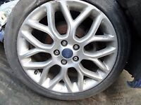 WANTED ford focus Zetec S alloy wheel