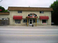 900 to 2500sf commercial/retail space in Moonstone. Many allowab