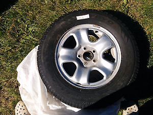 toyo tires 215/70R16 RIMS INCLUDED WITH TIRES Gatineau Ottawa / Gatineau Area image 6
